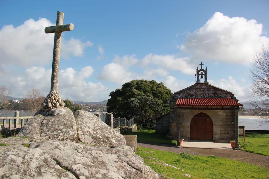iglesia de Santa Marta de Baiña Baiona