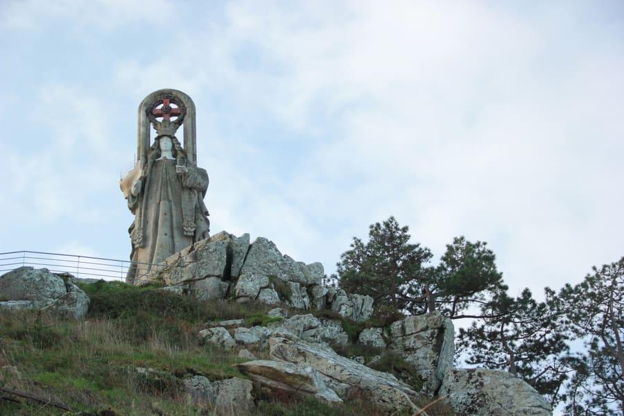 virgen de la roca baiona